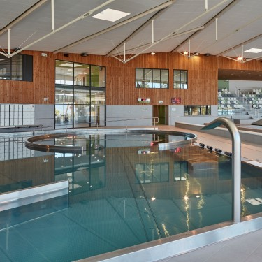 Venelles france hsb for Construction piscine acier